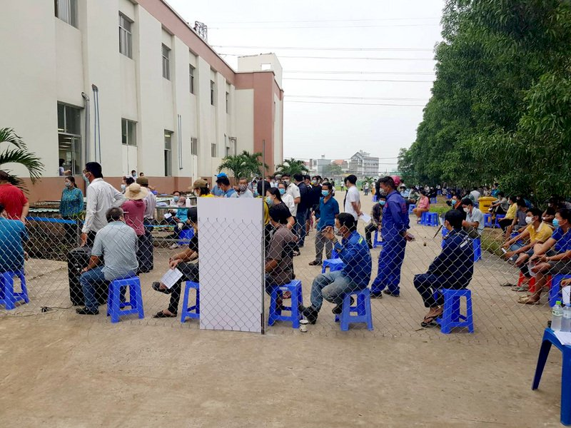 越南單日確診5926例創新高 河內強化防疫措施