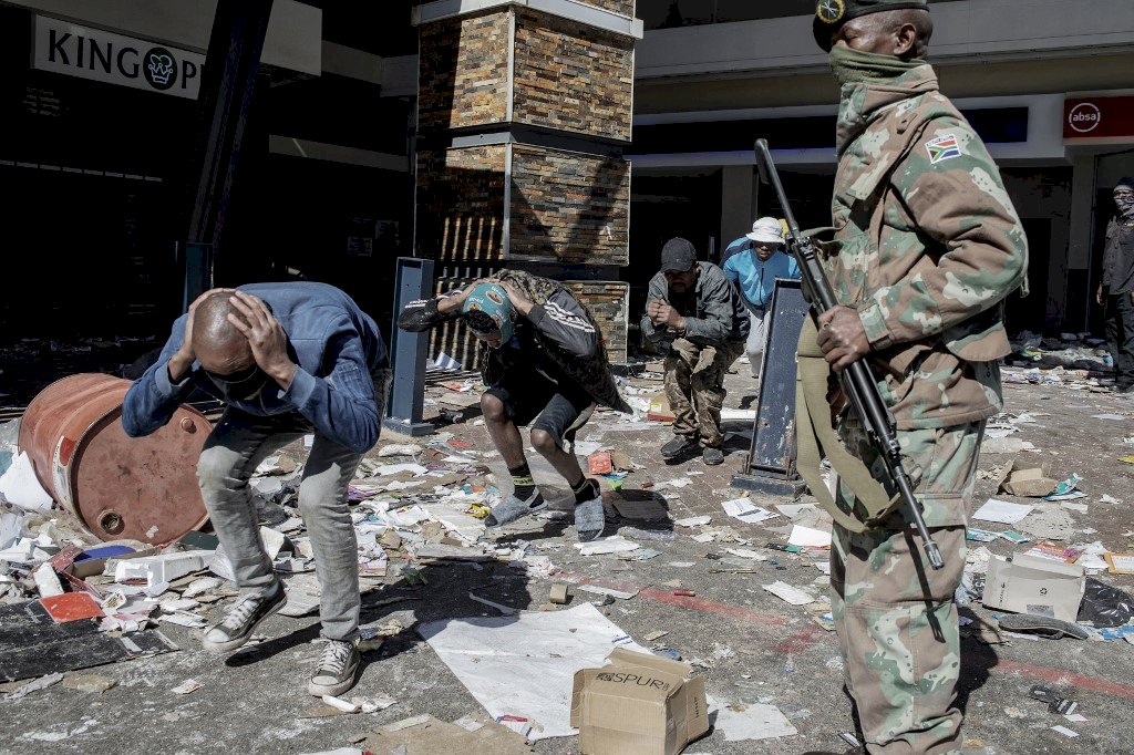 南非暴動因素複雜 舊勢力是最大亂源