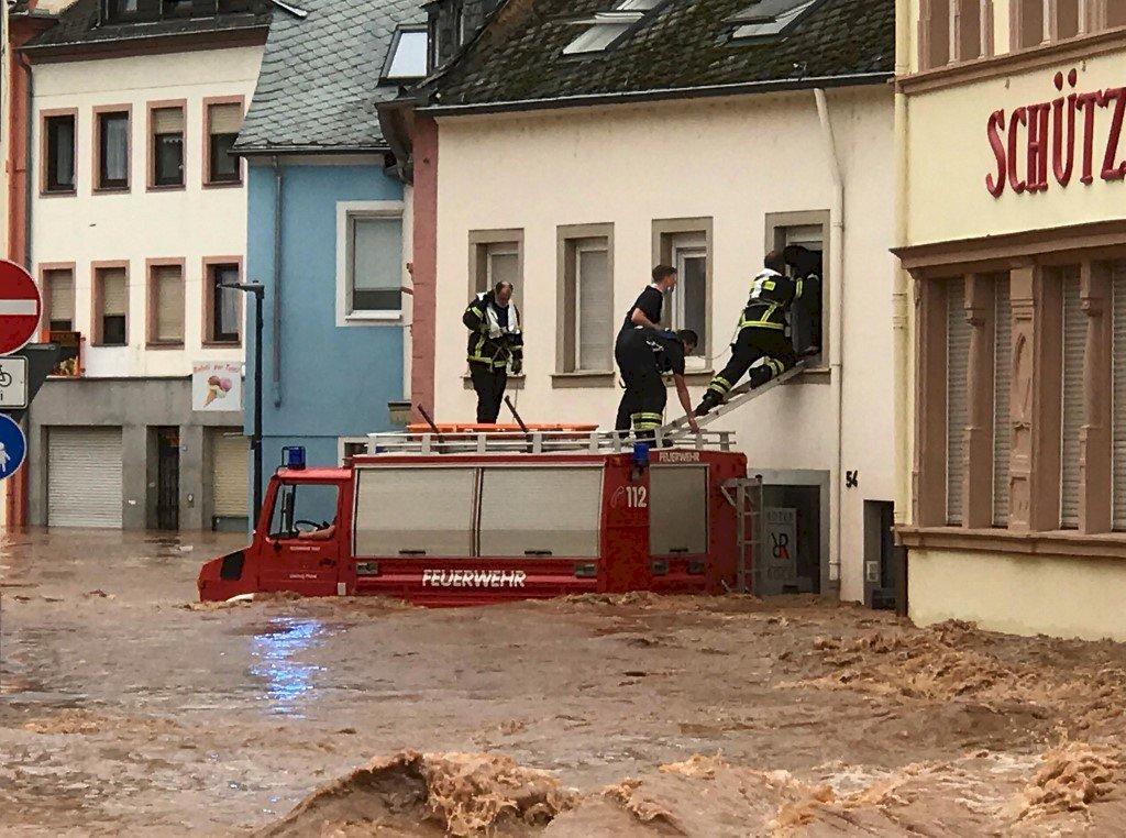 暴雨襲捲西歐 德國至少33人喪生