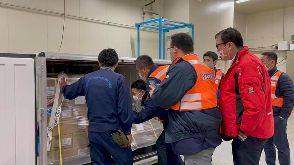 日本第3批供台疫苗近百萬劑 謝長廷:檢驗完成