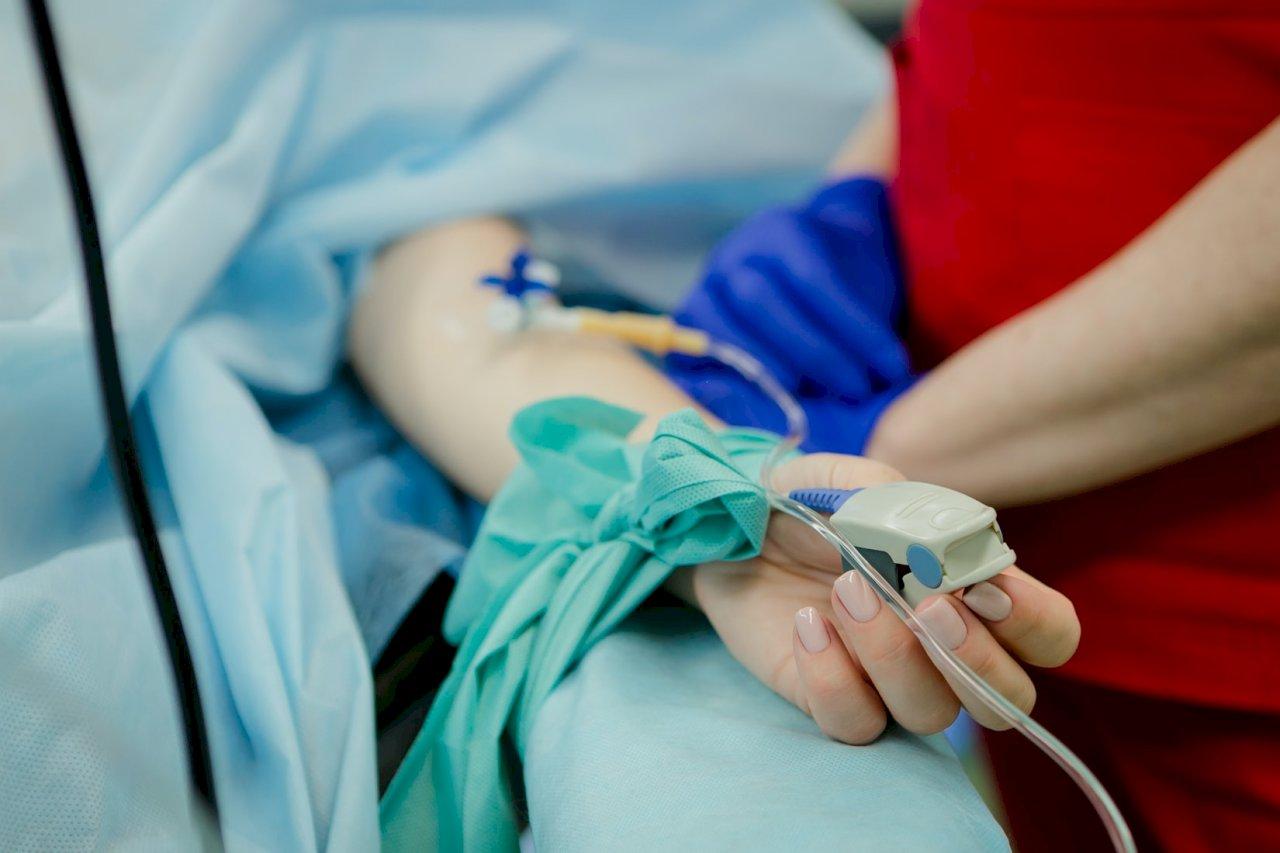 住院看護明年擬納健保  健保會明討論