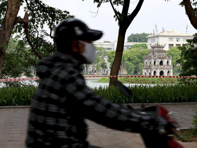 越南增4175本土病例 民眾囤積呼吸器氧氣瓶