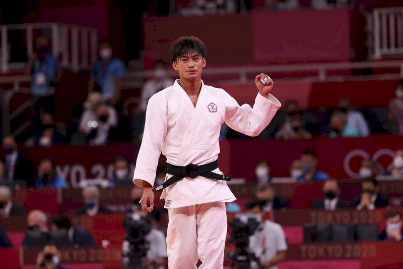 台灣東奧首面獎牌出爐!楊勇緯摘銀  寫下我柔道奧運歷史新猷