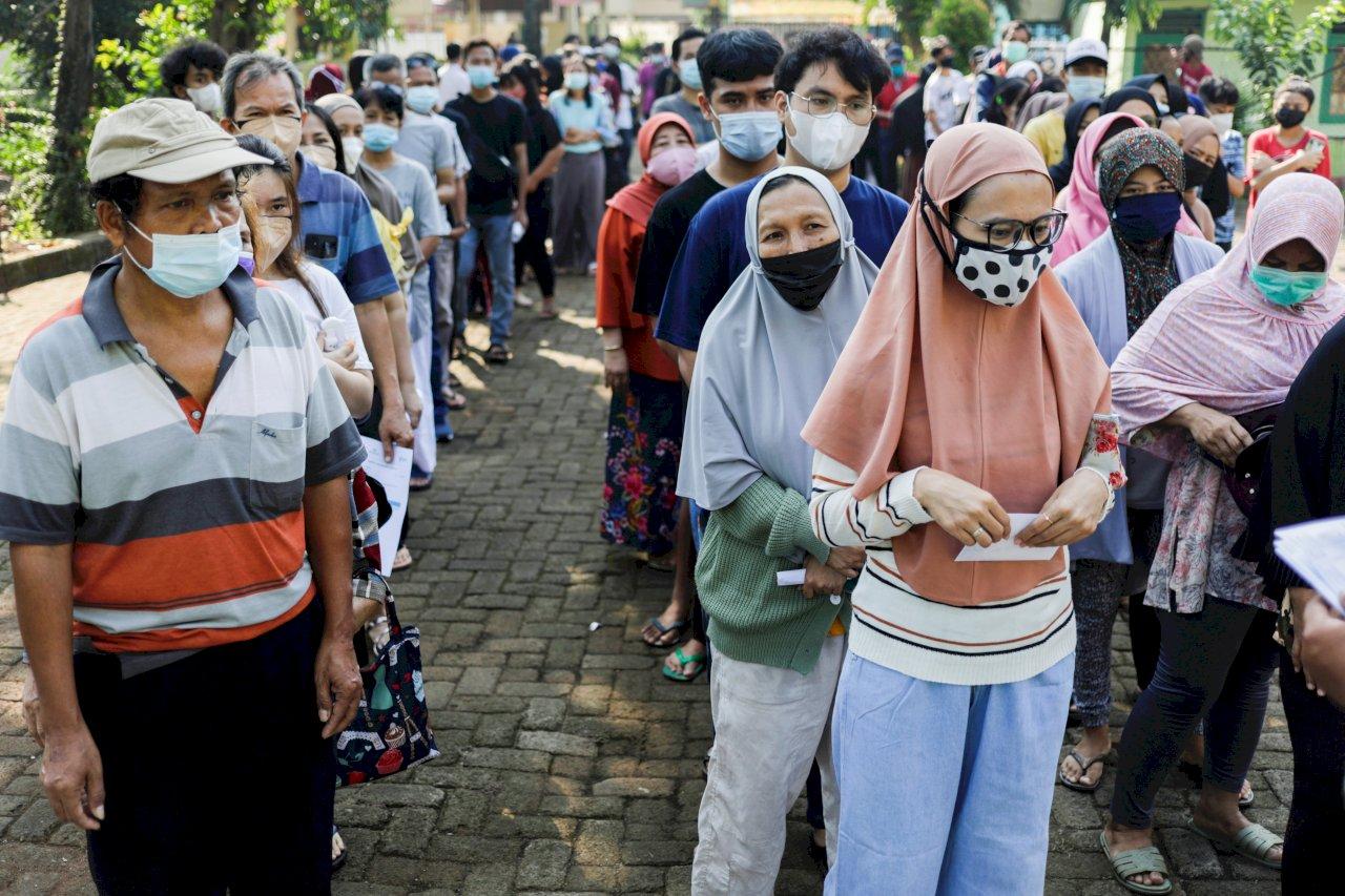 印尼COVID-19新增2069死 創單日新高紀錄