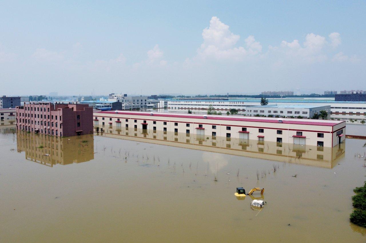 中國7月工業活動減緩 極端天氣衝擊