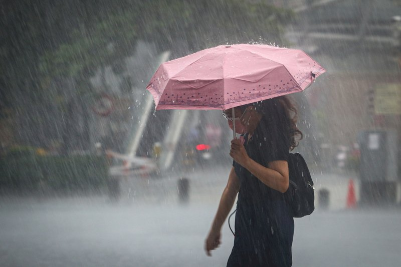 西南風偏強天氣仍不穩定 留意大雨豪雨