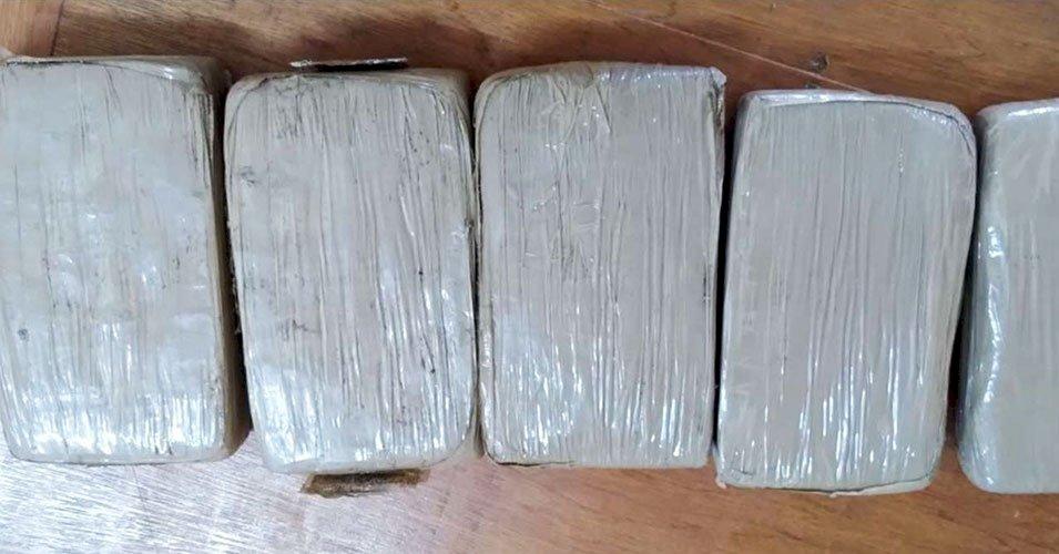 價值百萬美元古柯鹼 被冲上東加海灘