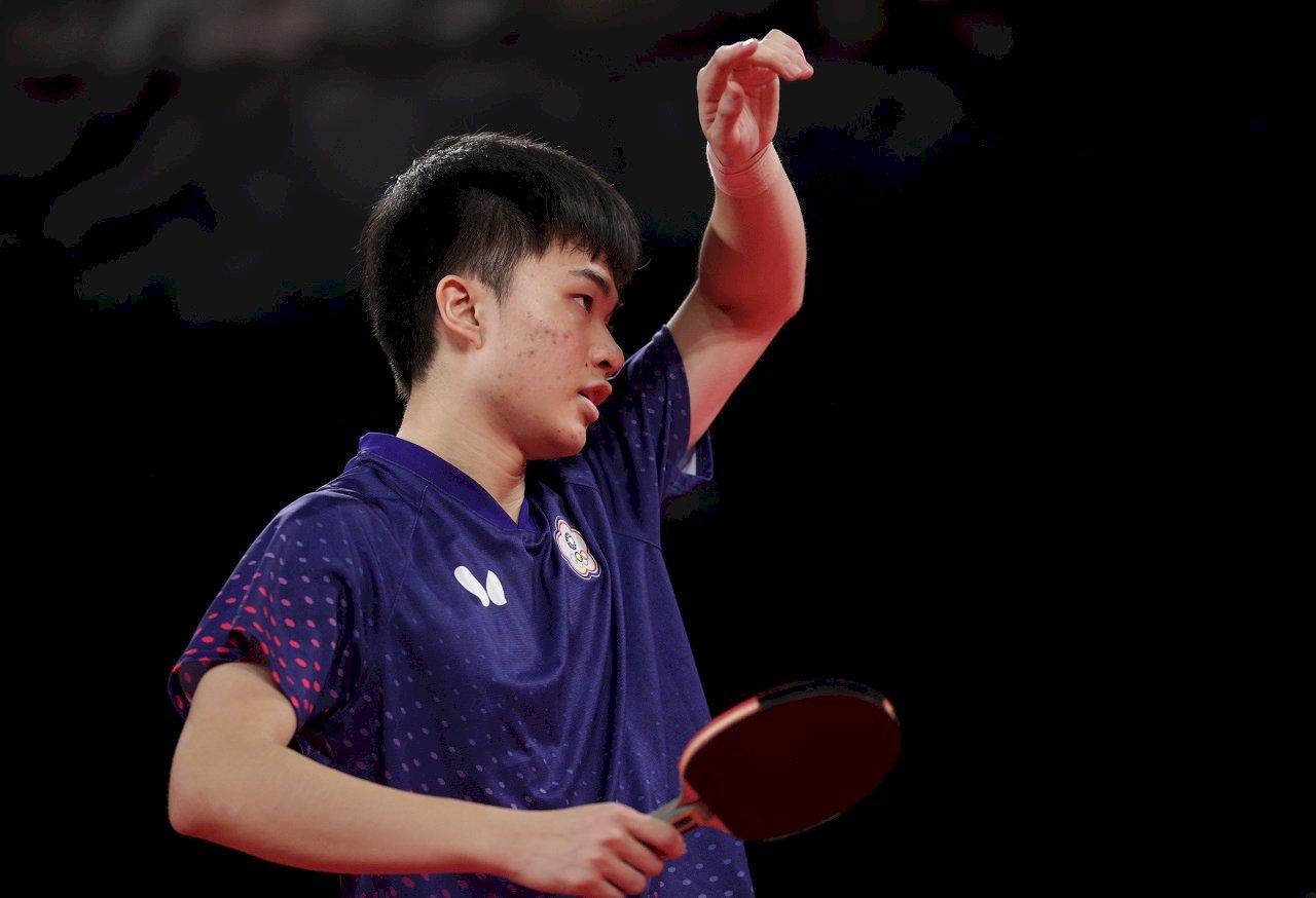 林昀儒雖敗表現出色 球王樊振東也稱讚