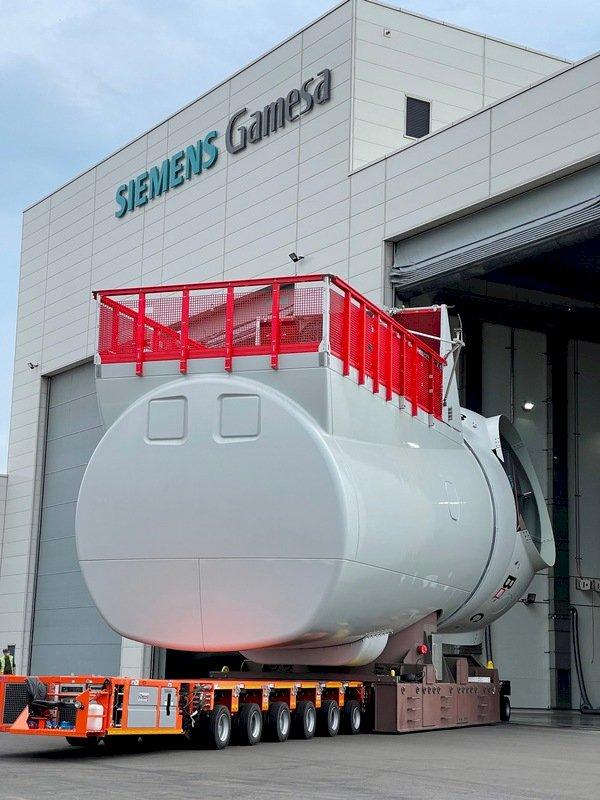 全台首座離岸風電機艙 西門子歌美颯台中組裝廠投產