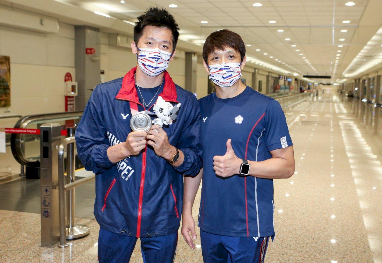 李智凱東奧摘銀光榮返國   瞄準巴黎奧運奪金目標