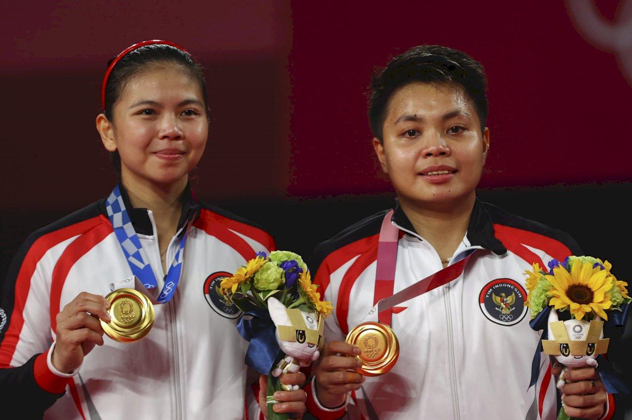 印尼羽球女雙擊退中國勇奪金牌 創歷史紀錄