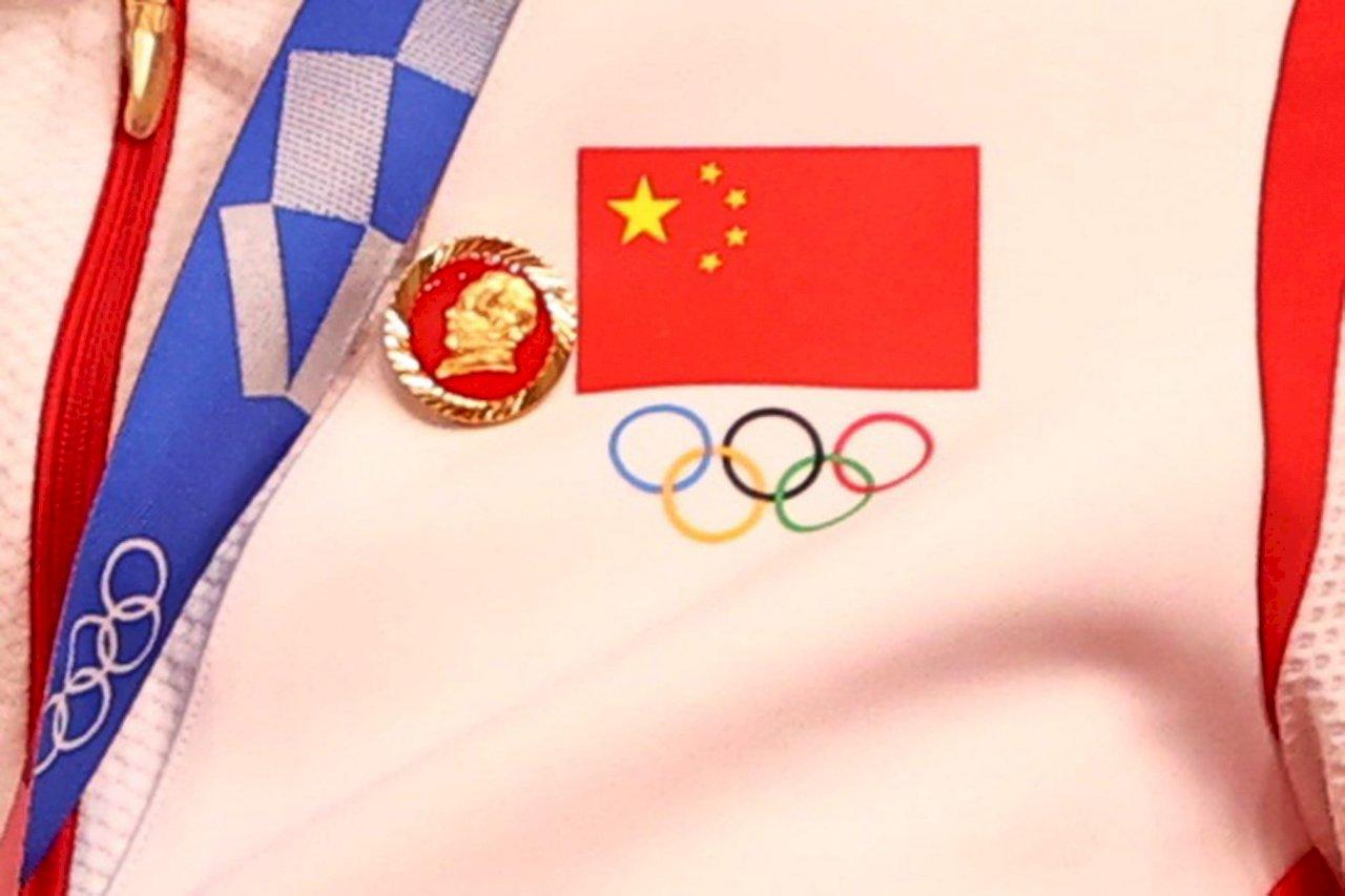 東奧/中國運動員佩戴「毛澤東徽章」領獎 IOC介入調查