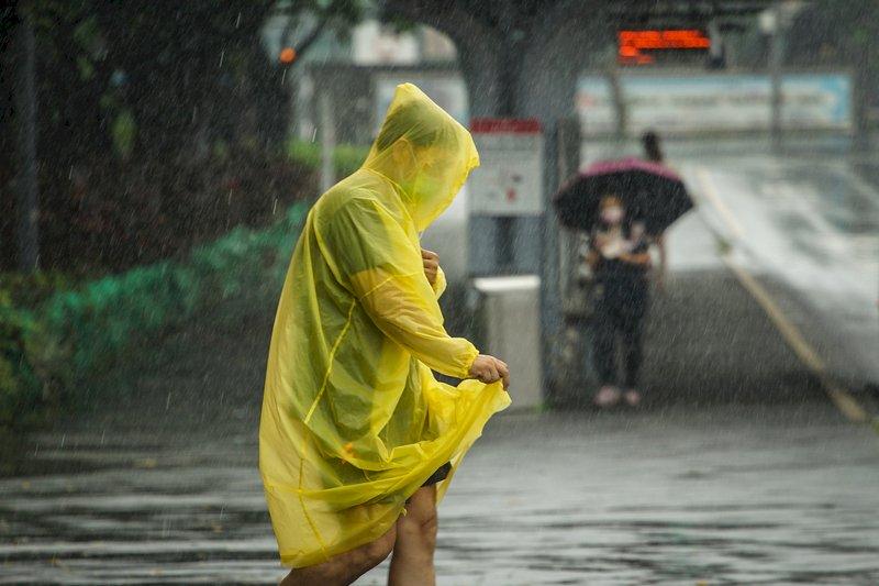 豪雨致218校受災 災損升至3671萬元