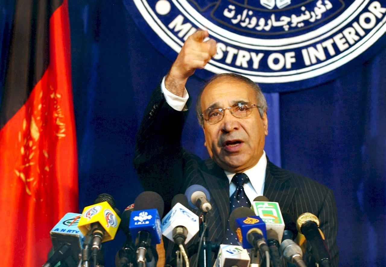 路透:阿富汗前內政部長賈拉利獲邀帶領臨時政府