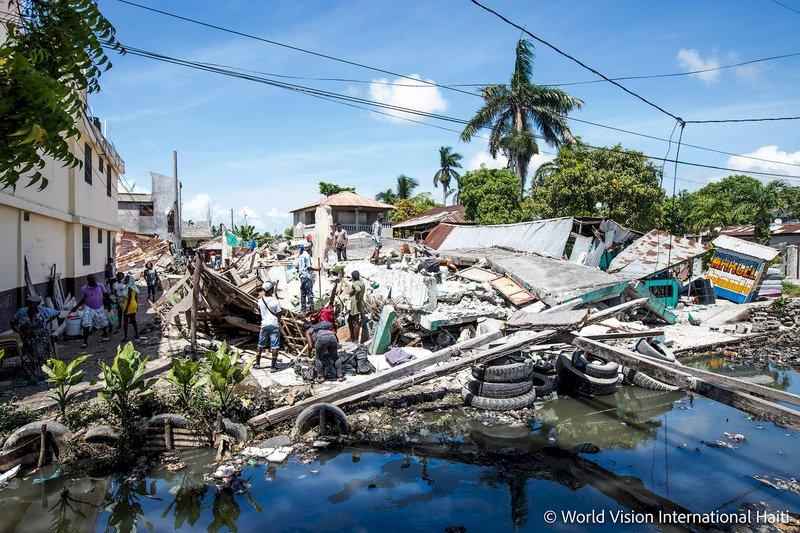 海地強震逾2千人喪生 災民等不到救援不滿升高