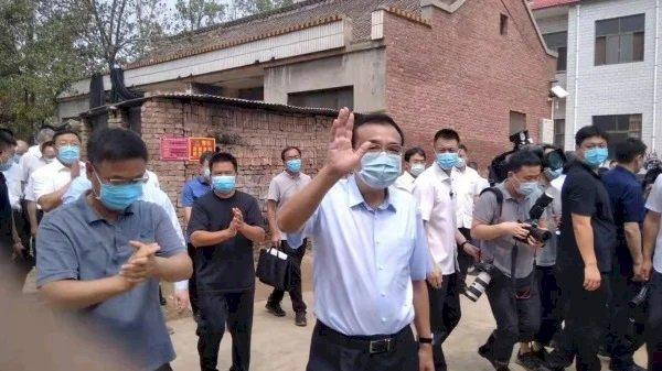 河南洪災將滿月 李克強視察鄭州地鐵等災區