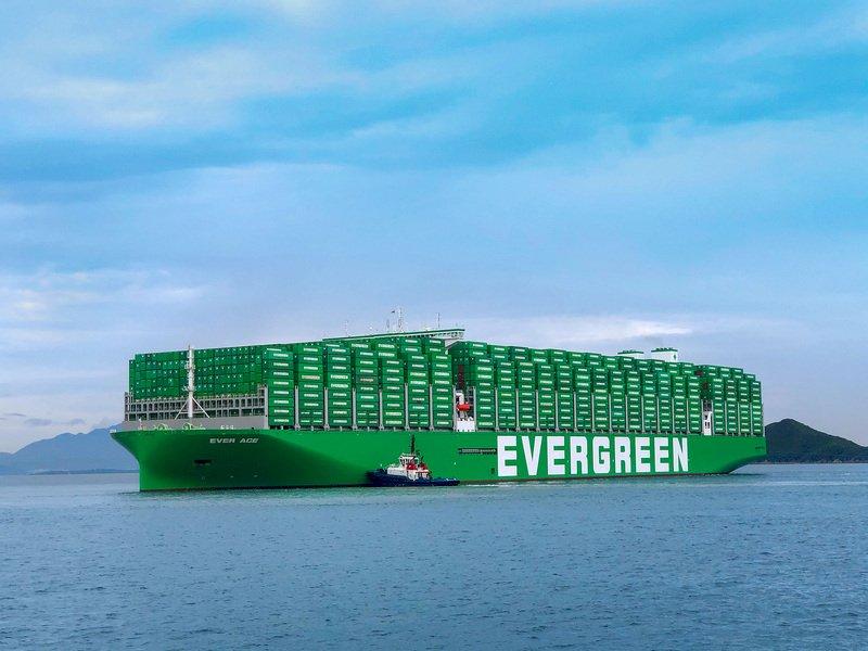 長榮巨無霸長範輪 12日抵英國最大貨櫃港