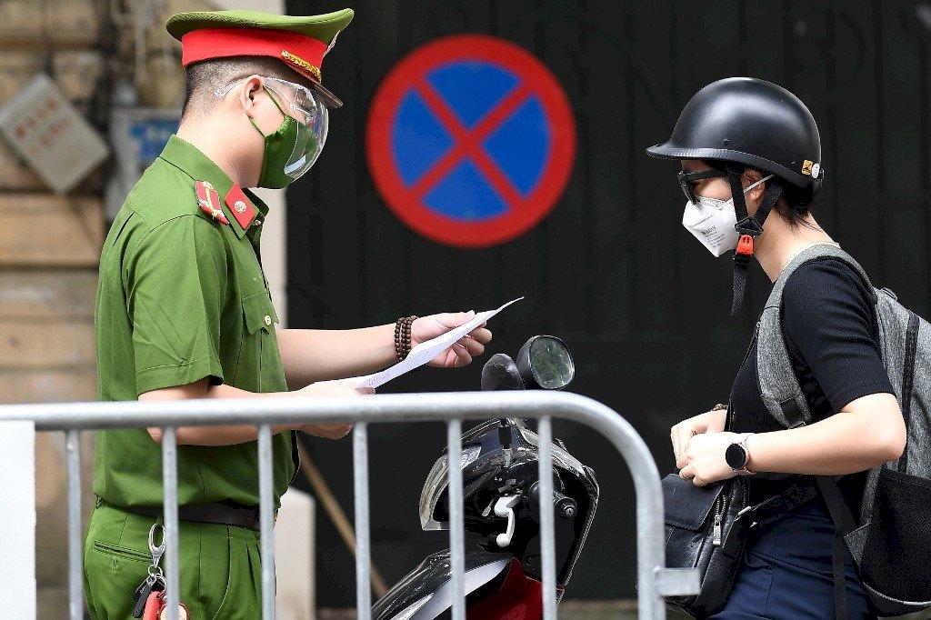 疫情死亡人數攀升 越南部署軍隊並發布居家禁足令