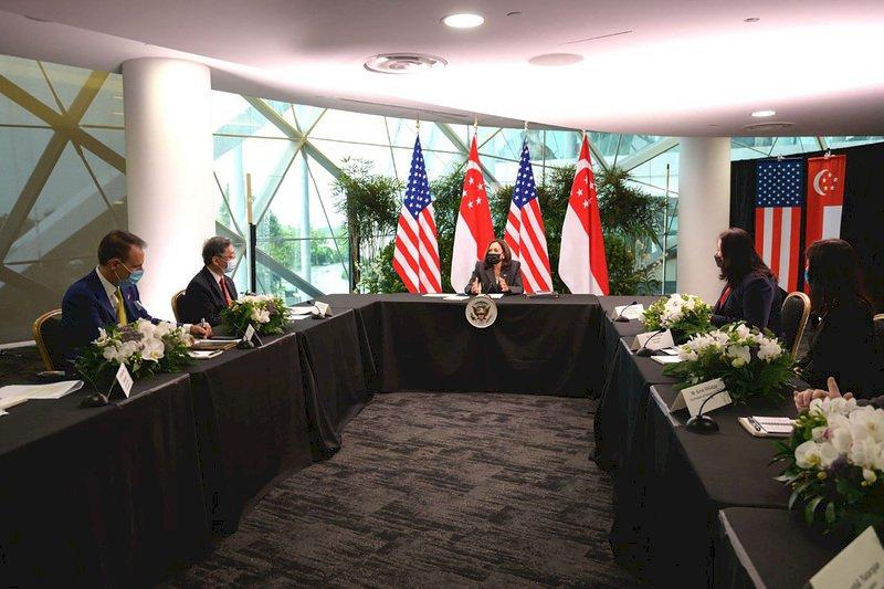 疫情打亂全球供應鏈 賀錦麗籲盟友夥伴合作因應