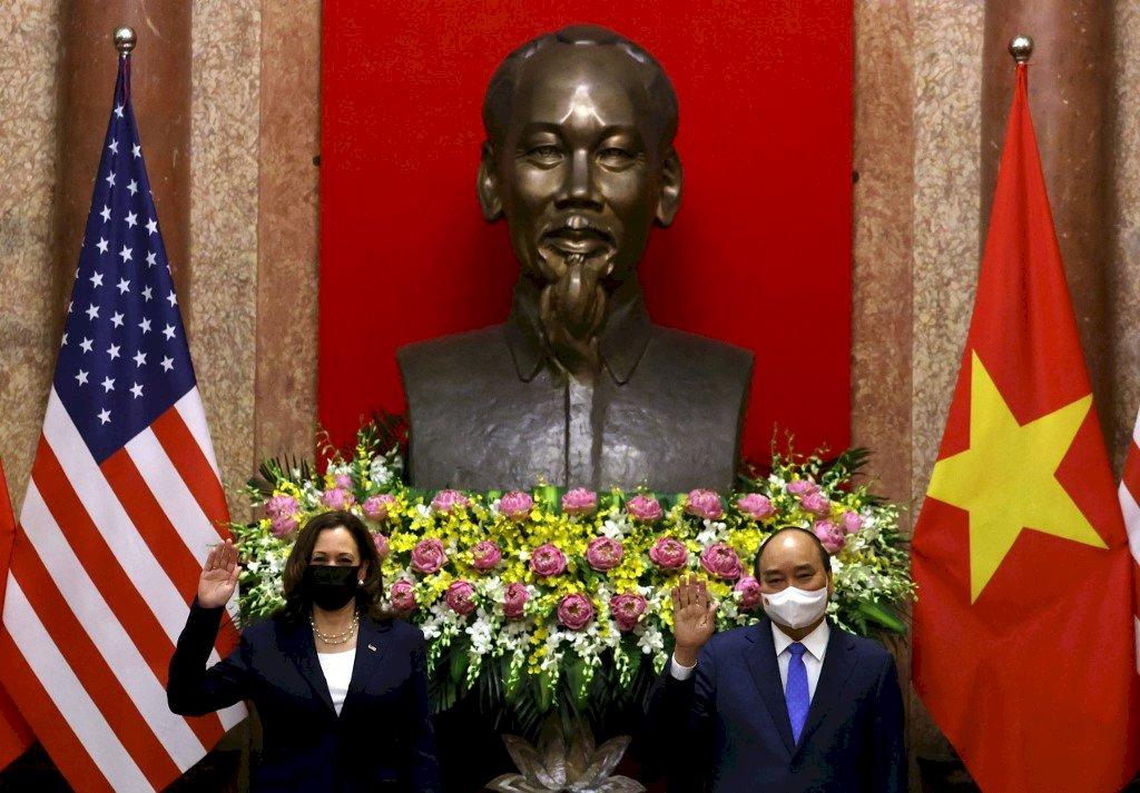 賀錦麗:有必要就中國在南海霸凌行為升高壓力