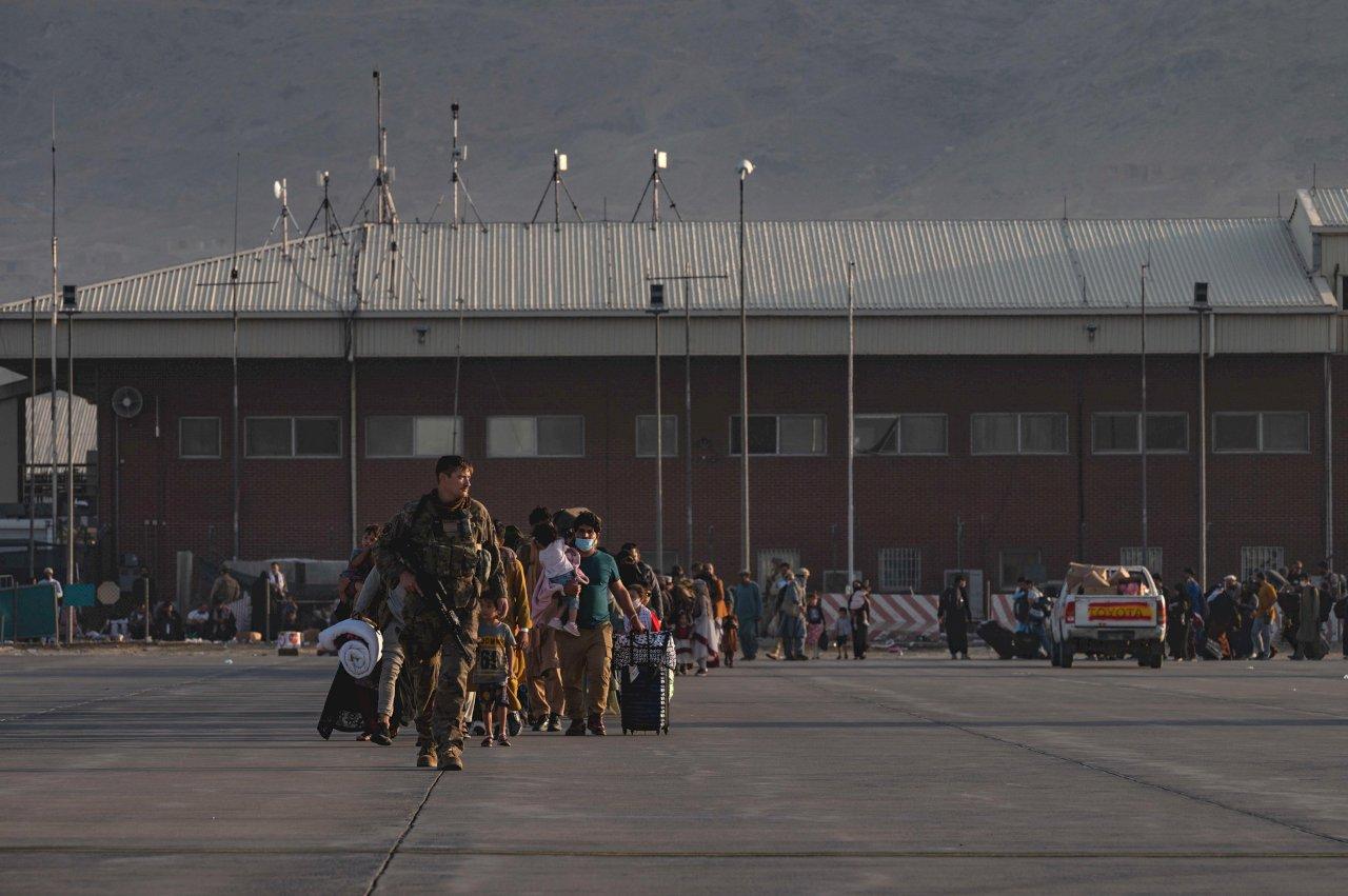 美國白宮:超過10萬人已從阿富汗撤離