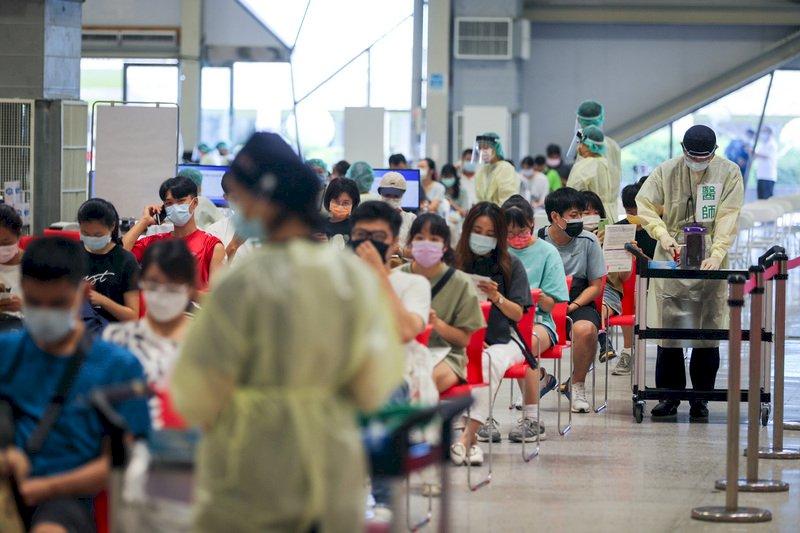 比照法國防疫採健康通行證?  學者:恐會引發興訟