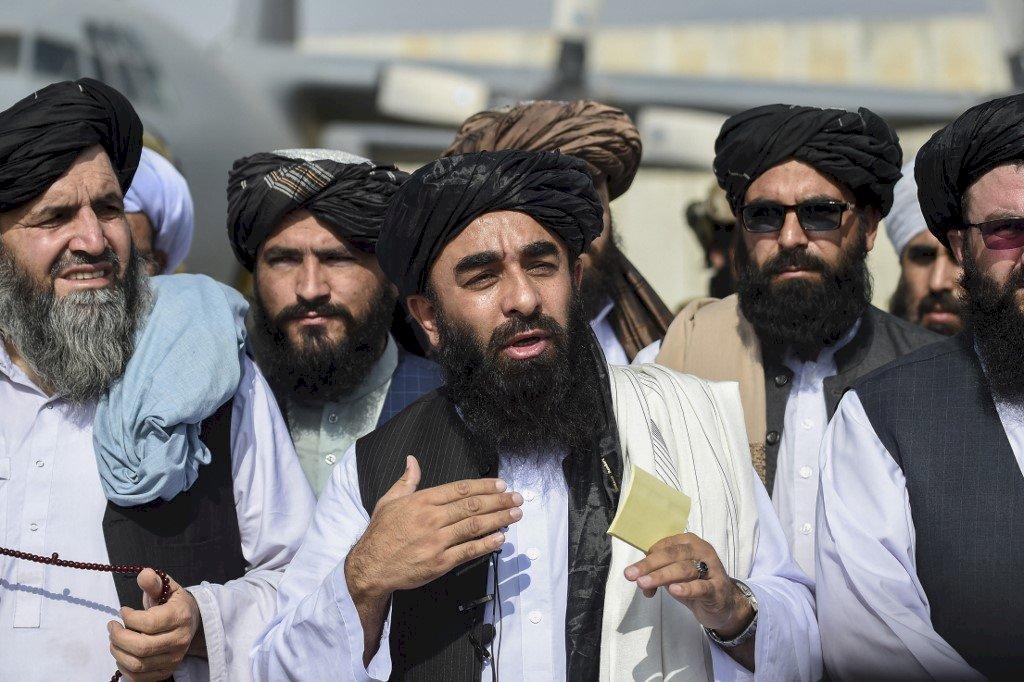 塔利班歡慶擊敗美國 中國讚「阿富汗翻開新頁」