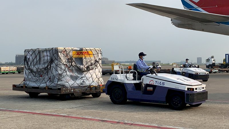 永齡:首批客製化BNT已可起運 正安排班機