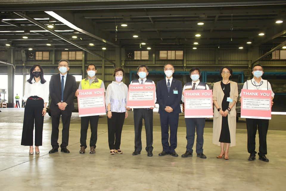 首批BNT疫苗抵台 蘇揆:非常感謝3捐贈單位慷慨捐贈