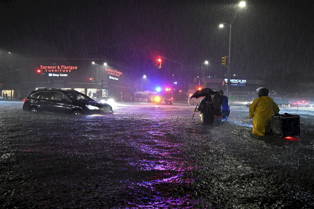艾達餘威引發暴洪 紐約地區遭重創至少41死