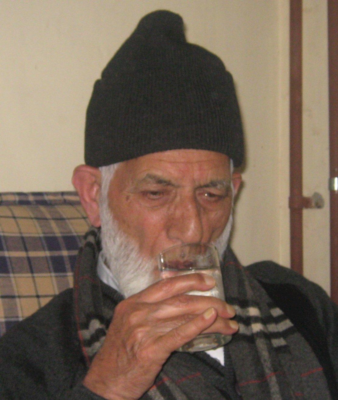 喀什米爾分離主義領袖過世 印度延長封鎖