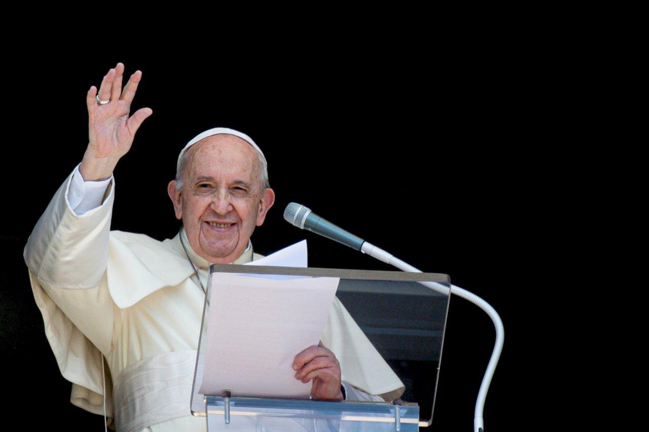 教宗祈禱各國接納阿富汗難民 盼年輕人能受教育