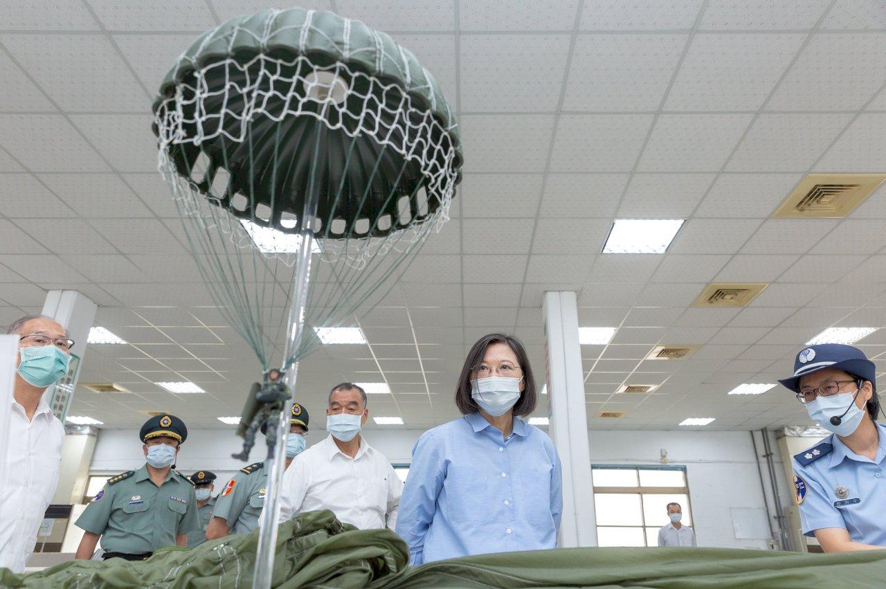 視導台中地區部隊 總統勉漢光演習全力以赴 展現保衛國家決心