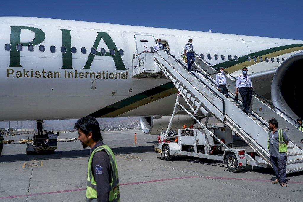 塔利班重新掌權後 首架國際商業航班降落喀布爾