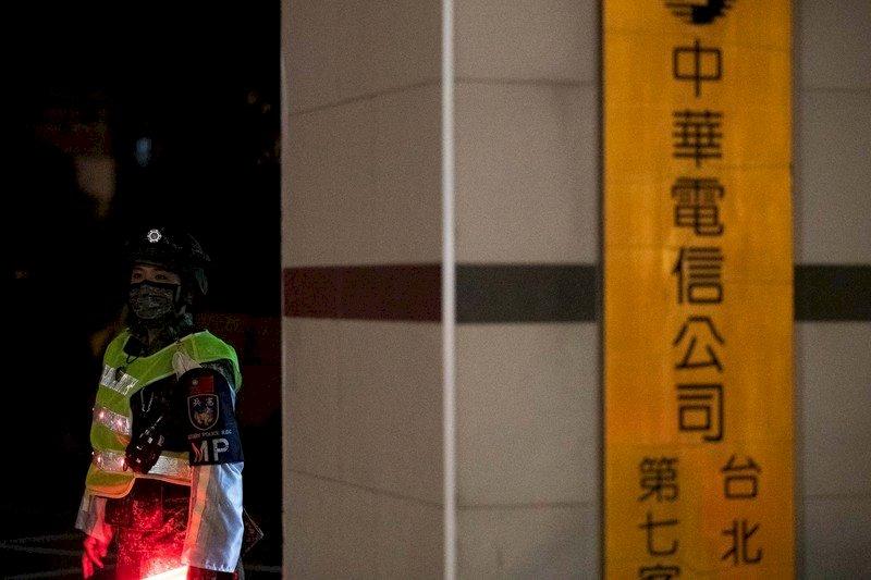 模擬敵攻擊中華電信機房 憲兵夜馳街頭反擊