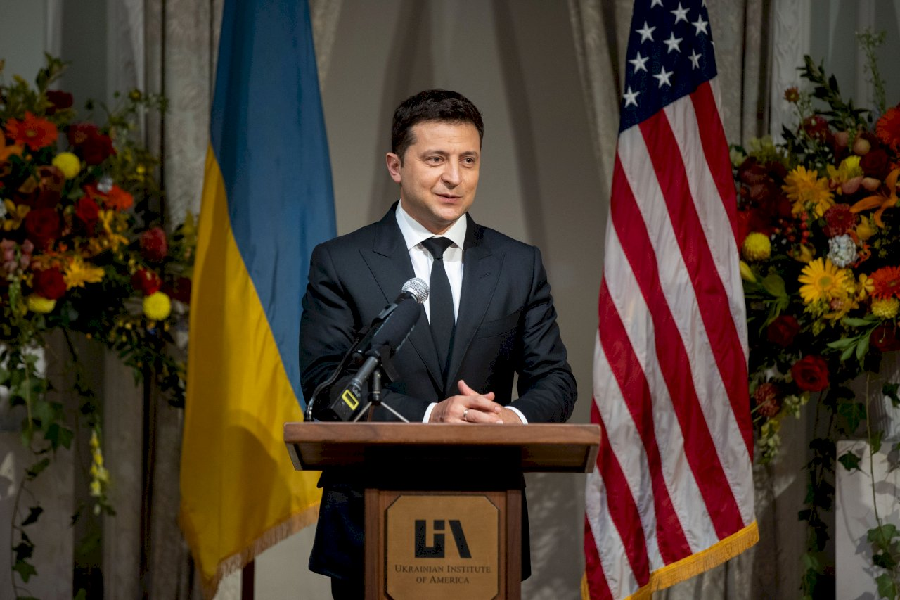 疑打擊寡頭遇襲 烏克蘭總統助理一劫