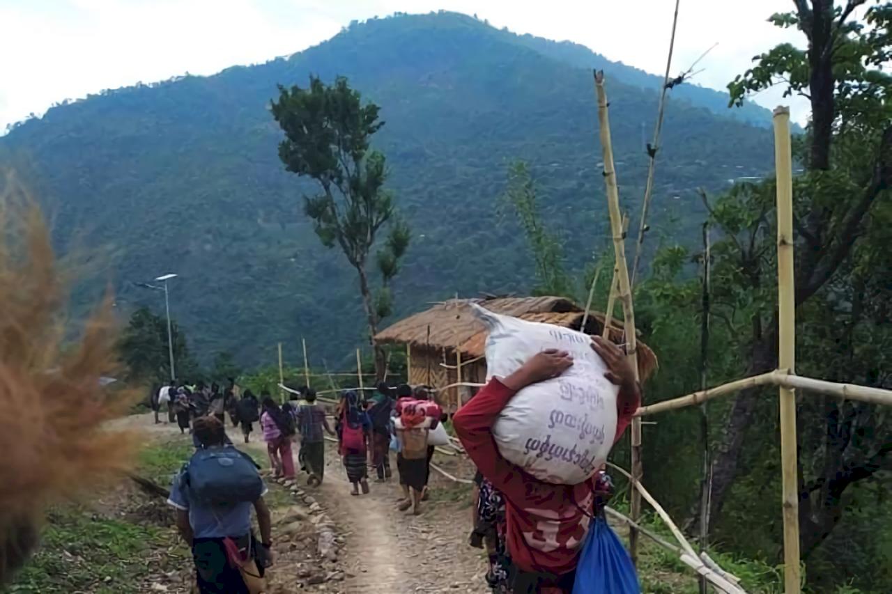 緬甸民兵與政府軍交戰 邊界城鎮出現逃亡潮