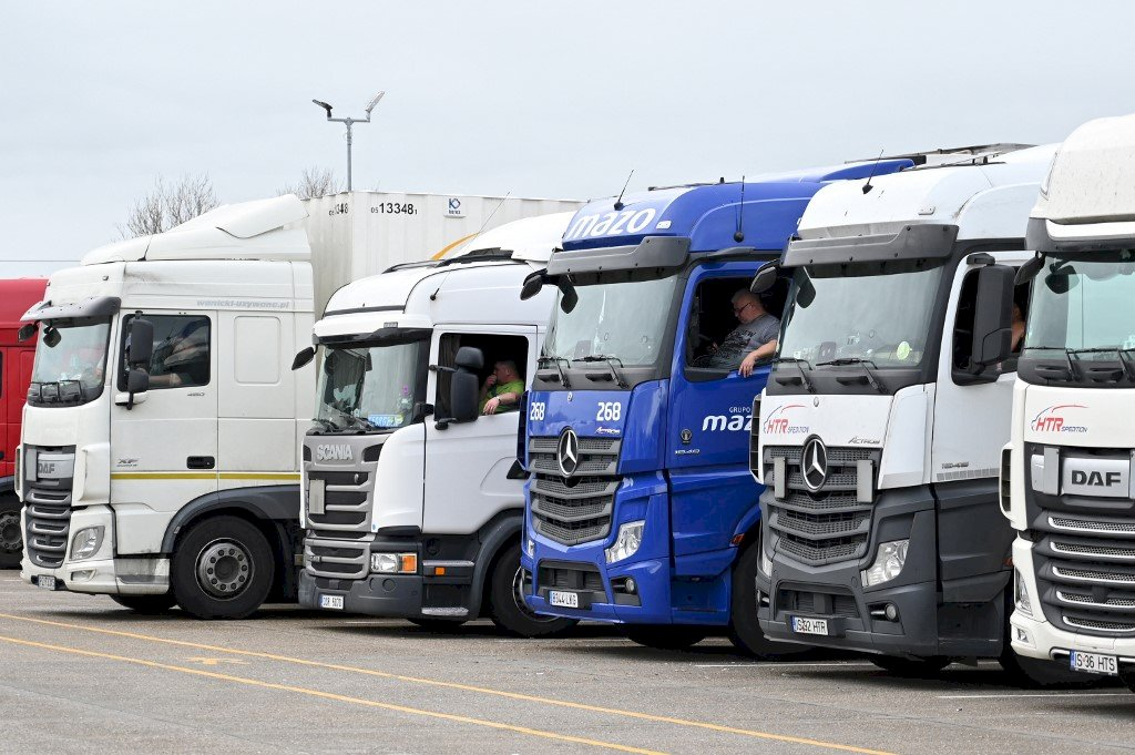 食品業警告供應鏈吃緊 英國致力解決司機短缺問題