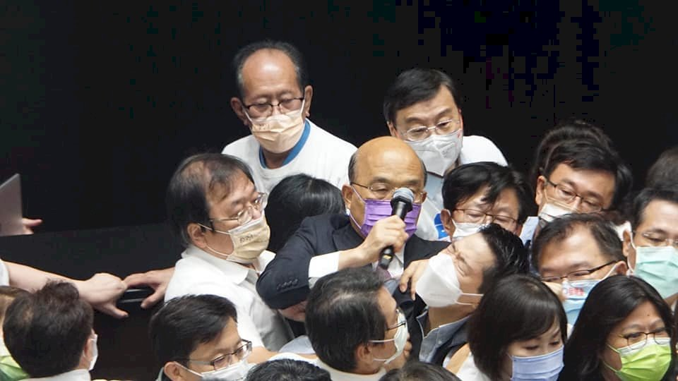 藍營杯葛蘇揆施政報告爆衝突 蘇貞昌:妨礙民眾知的權利