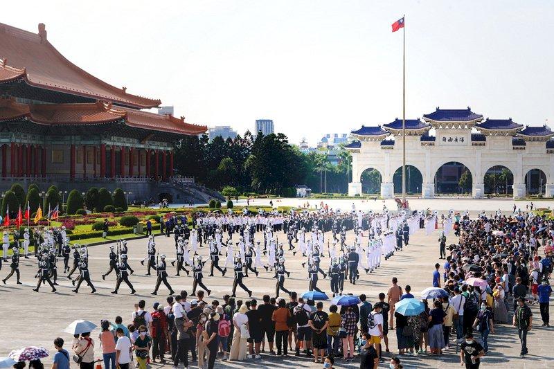 雙十國慶熱鬧登場: 國慶大會在台北 、國慶晚會在新竹、 國慶煙火在高雄