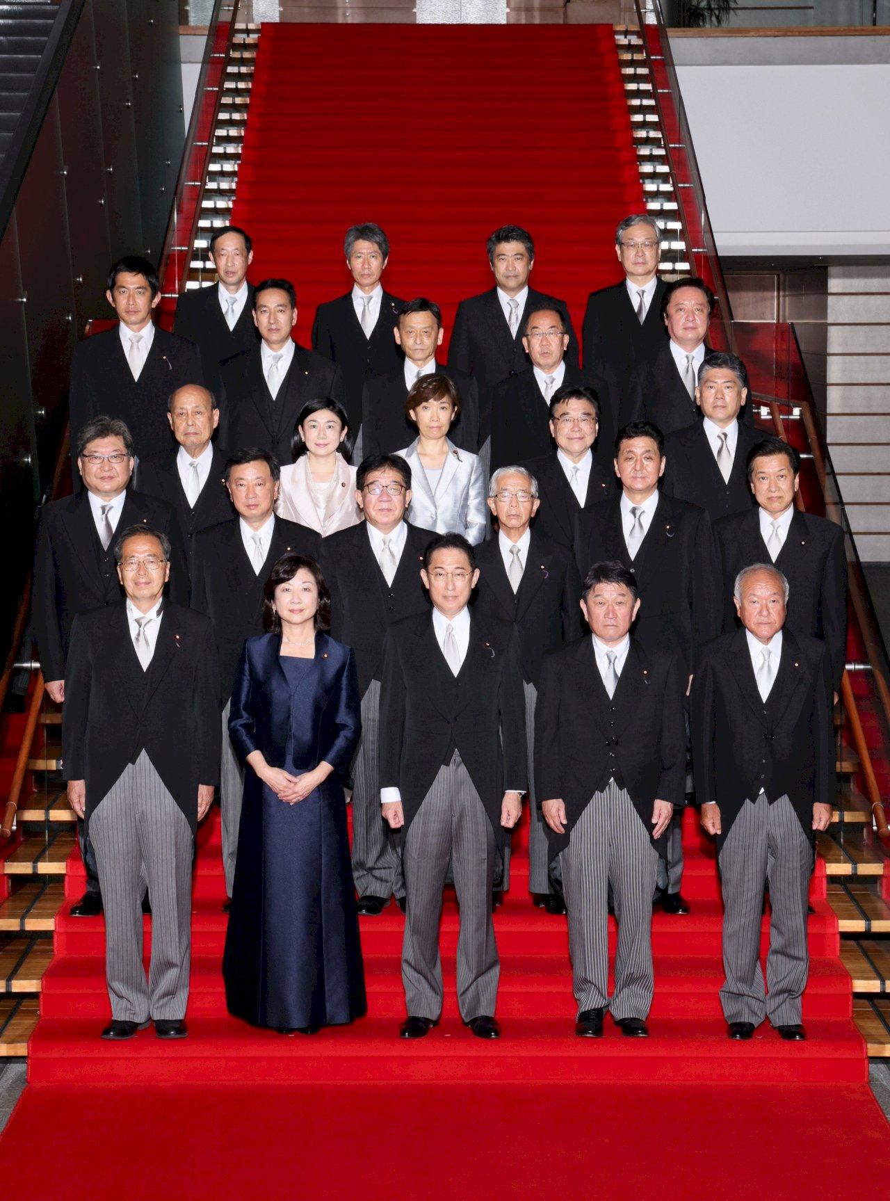 矢板明夫談日本新首相岸田文雄以及他的內閣