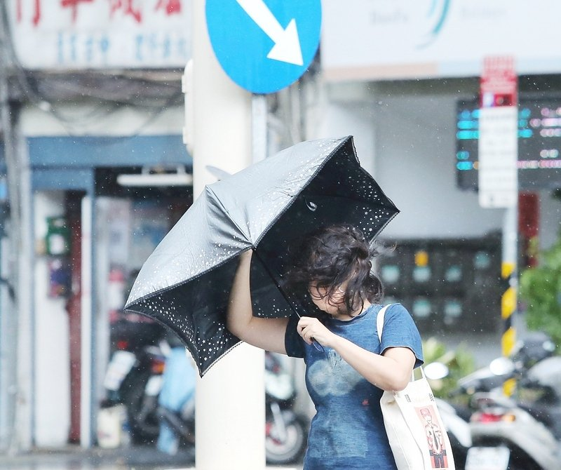 颱風今明兩天影響最大  北部東部恆春半島防豪大雨