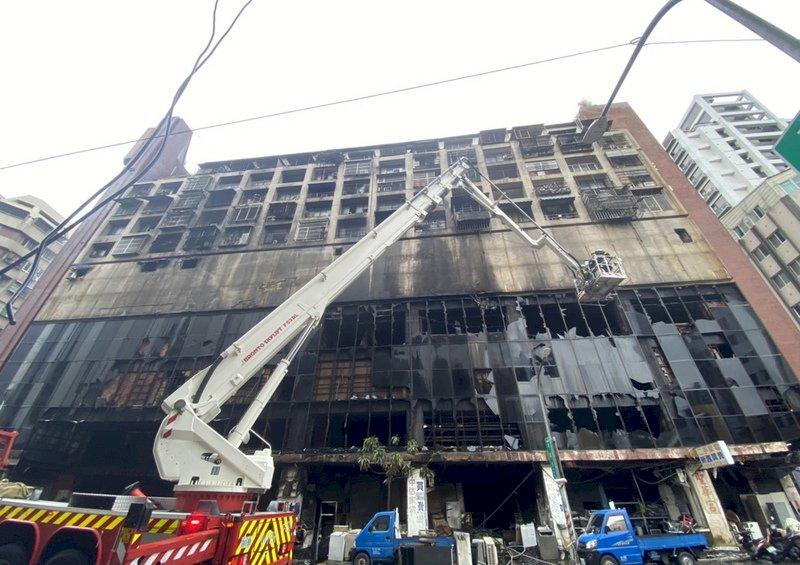 從風光到沒落  城中城大樓破舊被譏「鬼樓」